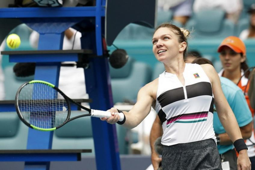 WTA Miami: Simona Halep eases past Venus Williams to reach quarters