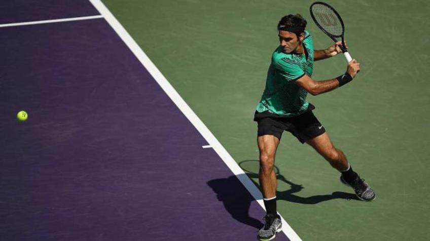 Roger Federer's backhand is one of the best things in tennis - Solomon