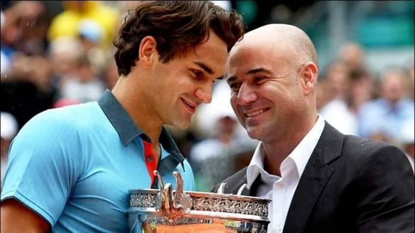 Roger Federer delivers all the shots in an amazing way, says Agassi
