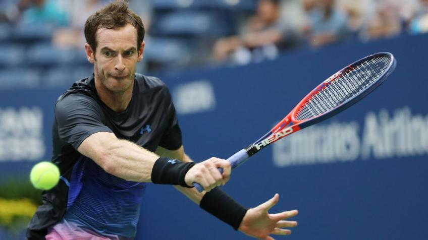 As a kid Andy Murray played double handed like Santoro, says mother Judy
