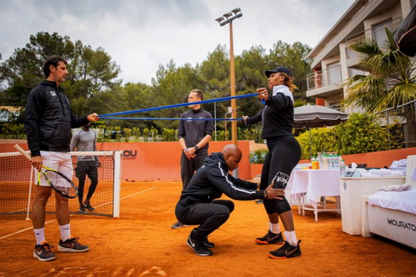 Serena Williams trains at Mouratoglou Academy ahead of French Open decision
