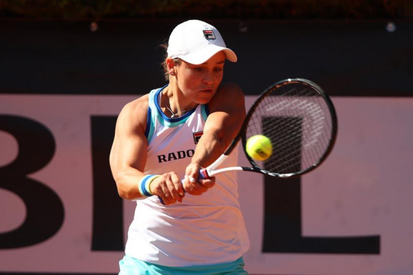 Ashleigh Barty withdraws from Strasbourg with right arm injury