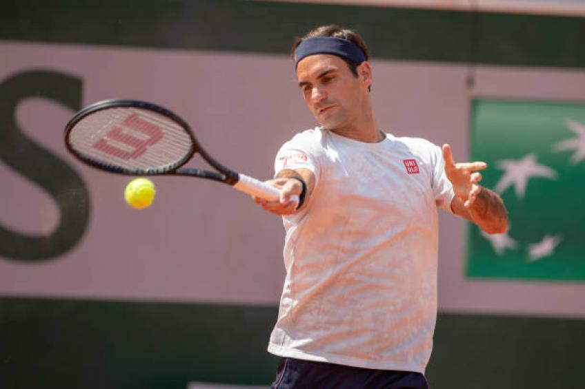 Roger Federer makes winning return to French Open after three-year absence