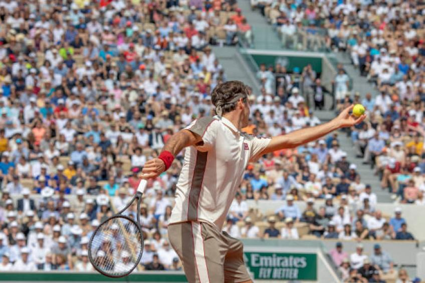 Roger Federer: 'On Suzanne Lenglen I feel there is no bounce'
