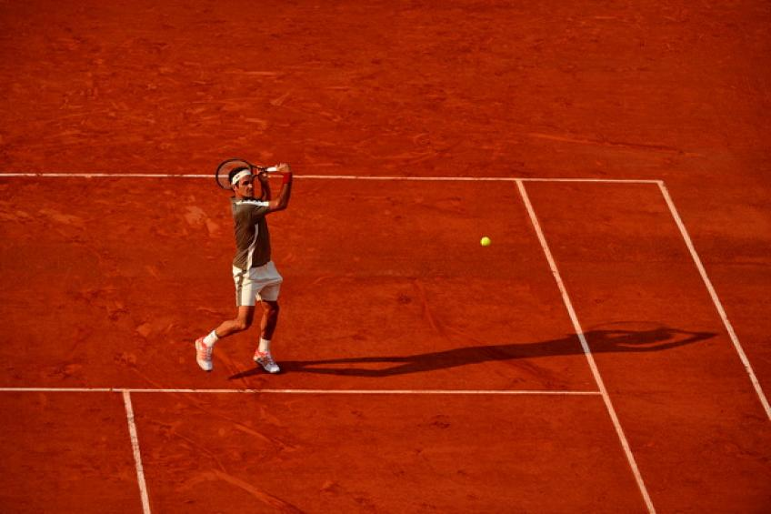 Rafa romps past Fedex to reach French Open final