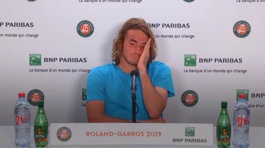 Stefanos Tsitsipas can't stop crying in press conference - 2019 French Open
