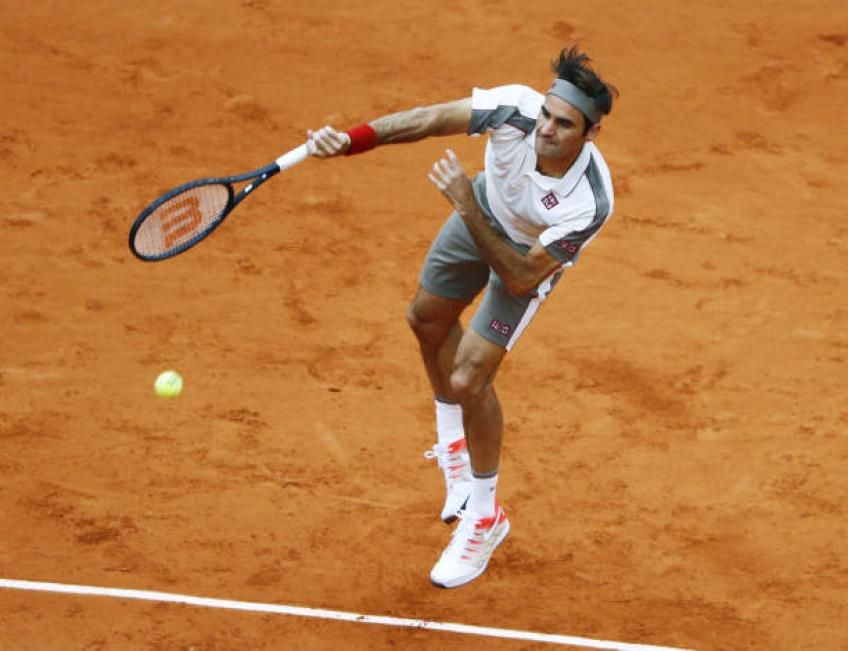 Taking pictures of Roger Federer not easy. He flies - Photographer