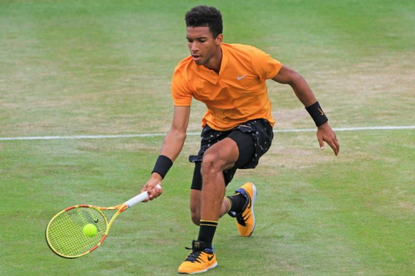 Evergreen Lopez hands Auger-Aliassime Queen's lesson