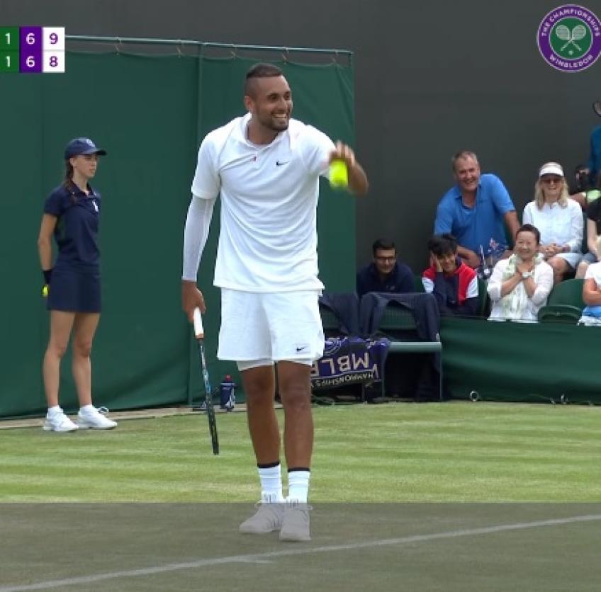 Nick Kyrgios funny exchange in mid match with fans