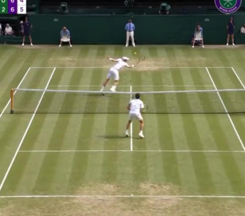 Wimbledon or Wii Tennis? Pella v Anderson crazy rally