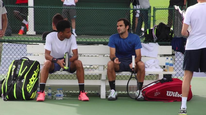Roger Federer was not trying to coach me, says Auger-Aliassime