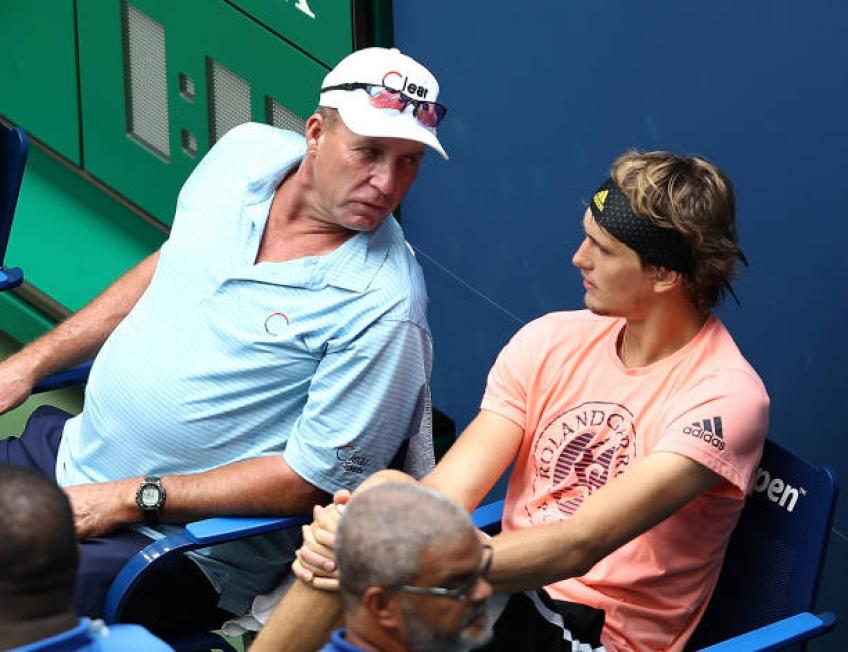 Zverev beats Delbonis to reach Hamburg quarterfinals