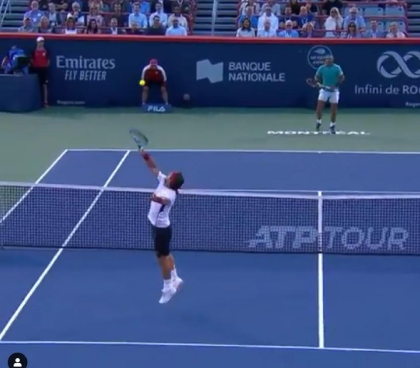 Rafael Nadal and Fabio Fognini play point of the week