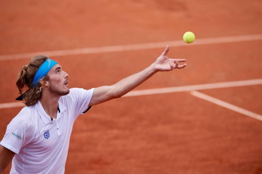 Stefanos Tsitsipas makes perfect Davis Cup debut for Greece
