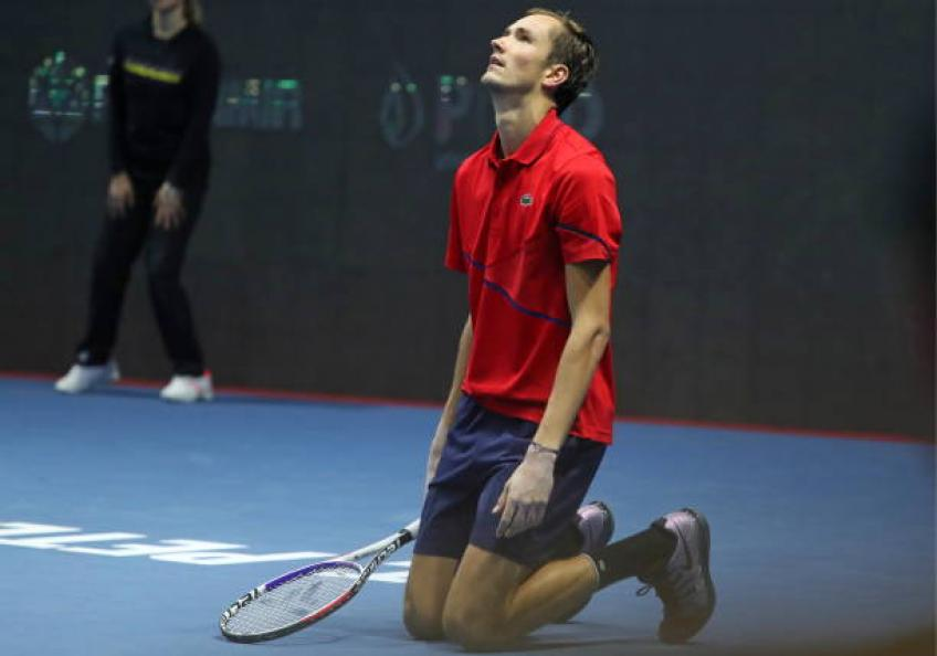 Medvedev: 'In the past during tournaments I watched movies until 2:00 AM'