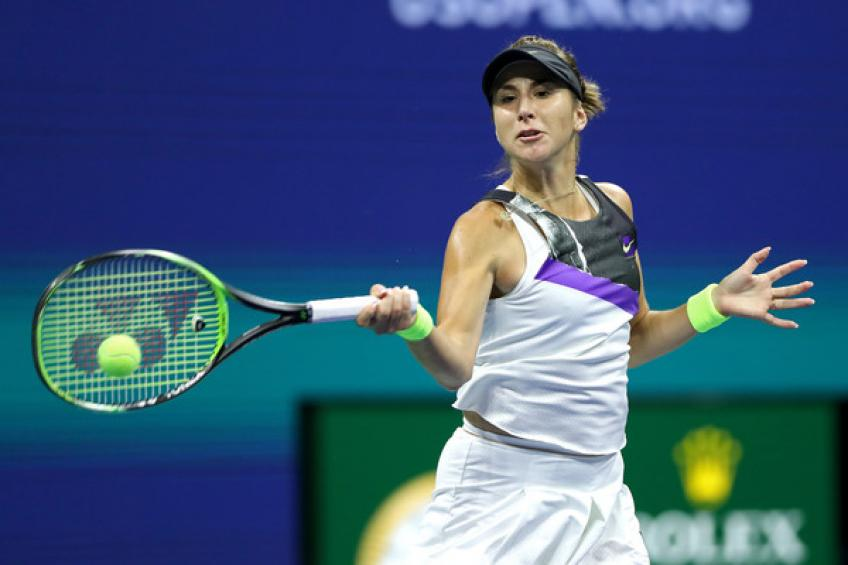 Belinda Bencic passes Serena Williams to take last-minute WTA Finals ticket
