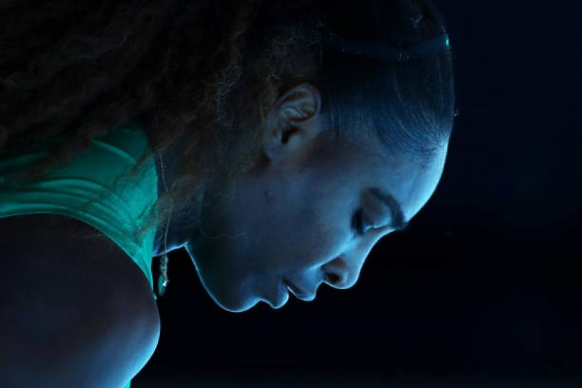 Serena Williams gives advices to women on financial abuse