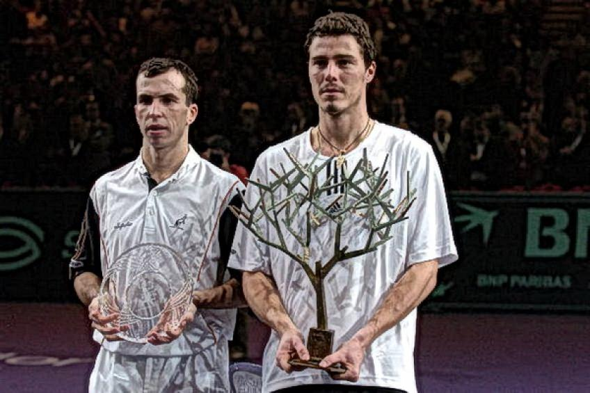 Paris Flashback: Marat Safin beats Radek Stepanek to regain Paris crown