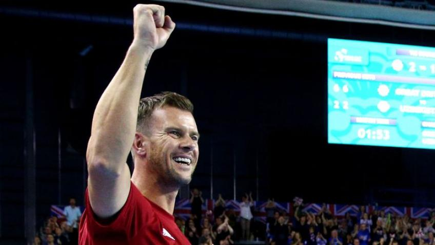 Captain Leon Smith reacts to Great Britain reaching QF of Davis Cup Finals
