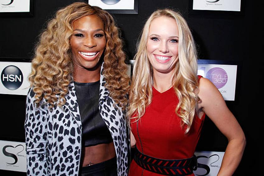 Caroline Wozniacki reacts to Serena Williams' and many more messages