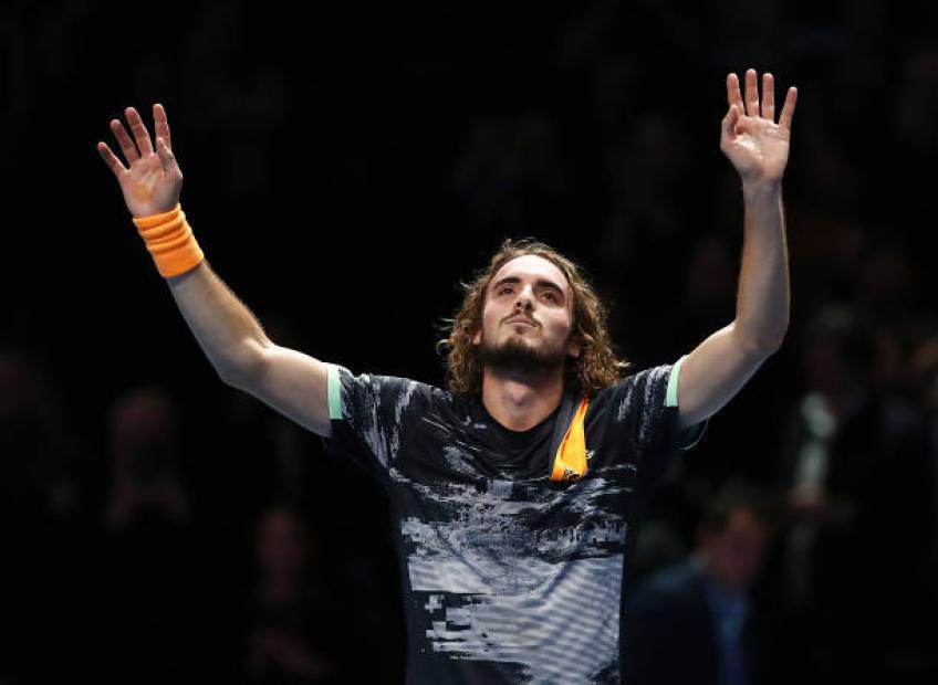 Stefanos Tsitsipas reacts to receiving award in native Greece