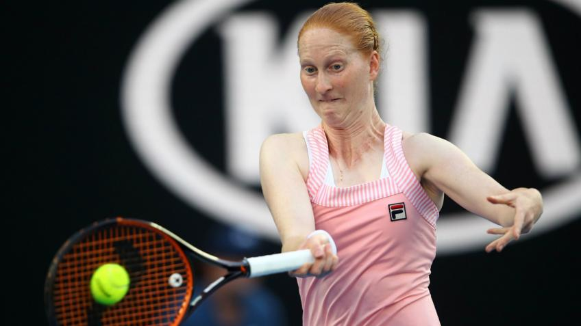 Alison Van Uytvanck to Auction T-shirt for Charity