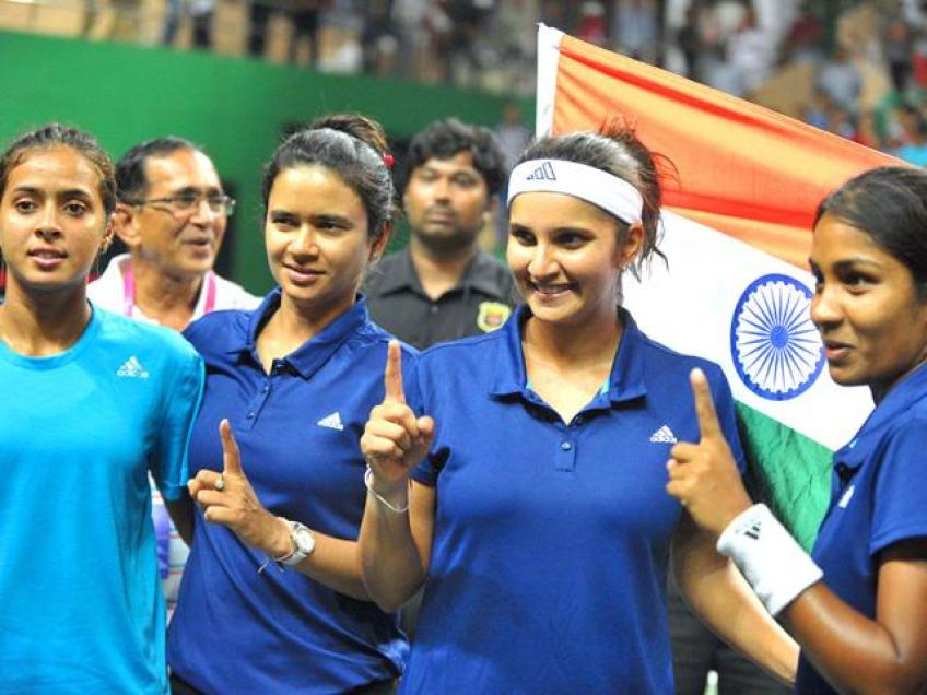 Sania Mirza Named in India's Fed Cup Squad