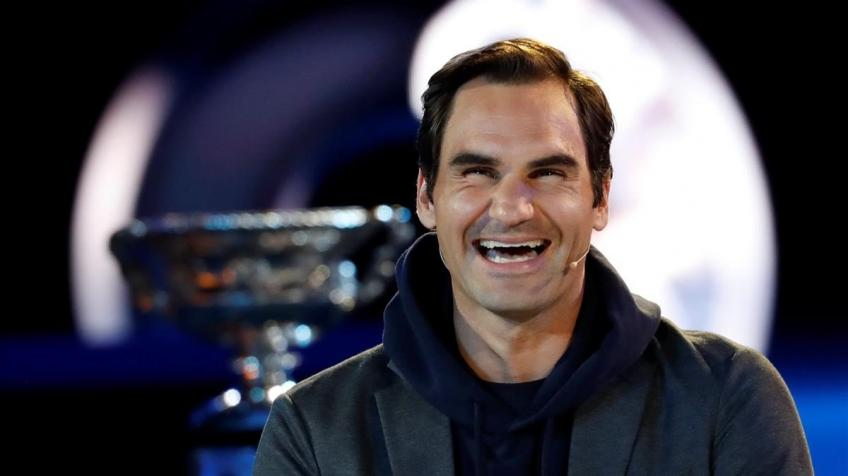 Roger Federer pokes fun at his GQ Most Stylish Man of the Decade award
