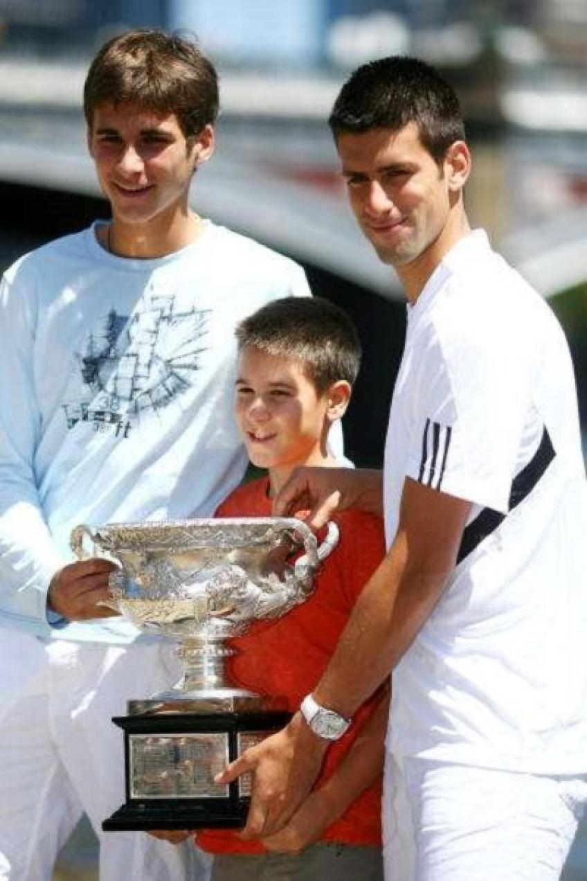 Novak Djokovic and his brother Marko in a rally that went viral