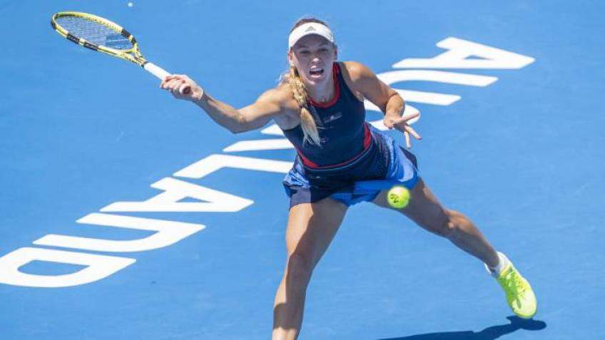 Caroline Wozniacki advances to ASB Classic quarter-final