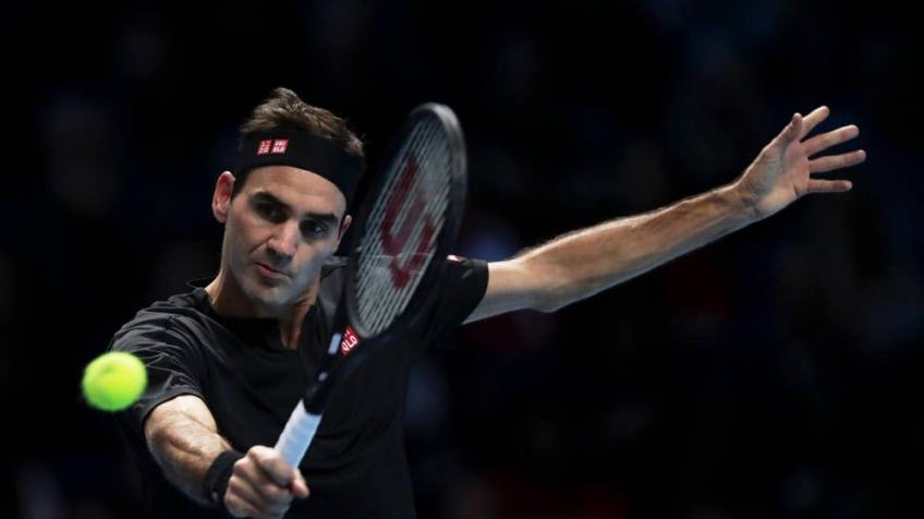 Roger Federer reaches Australian Open with Marton Fucsovics victory