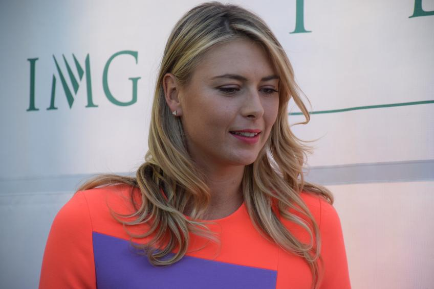 How Maria Sharapova is doing in popularity trend?
