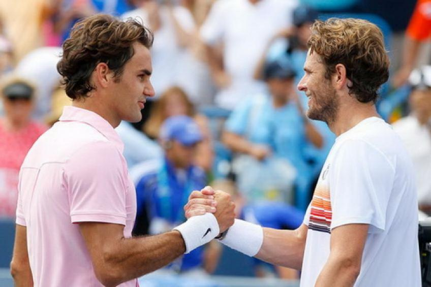 Mardy Fish beats Roger Federer - That's a great tennis story