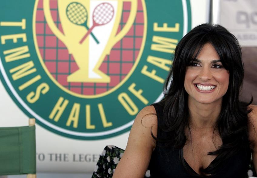 Gabriela Sabatini Doubts that Tennis Will Resume in 2020