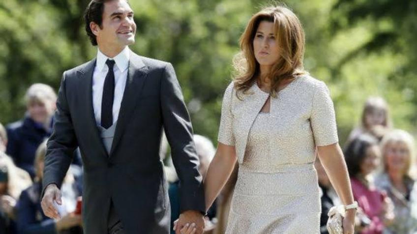 Roger Federer Tweets on WTA Legends: Thanks to Martina, I met Mirka