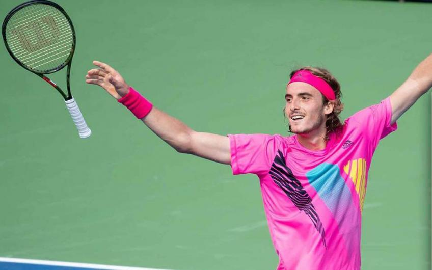 Tsitsipas Offers Fans Chance to Spend a Day with Him to Raise Funds for Players
