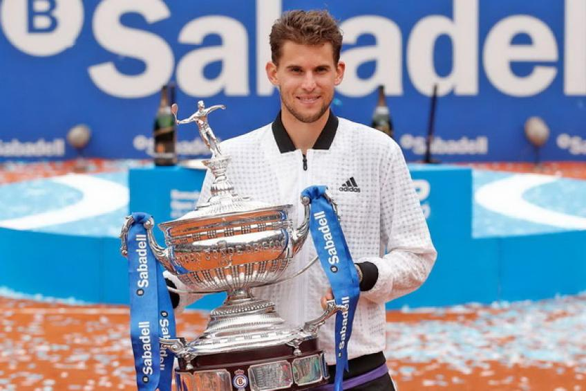 ThrowbackTimes Barcelona: Dominic Thiem bagels injured Daniil Medvedev to win title