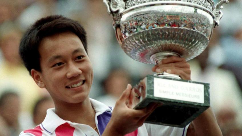 Michael Chang recalls underarm serve against Ivan Lendl at 1989 French Open