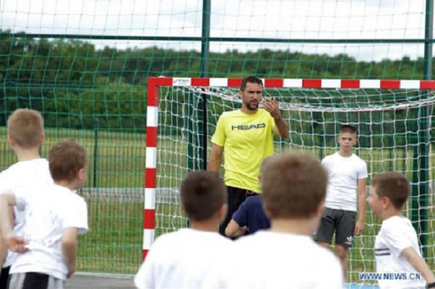 Marin Cilic gathers Croatian tennis stars for football match with kids