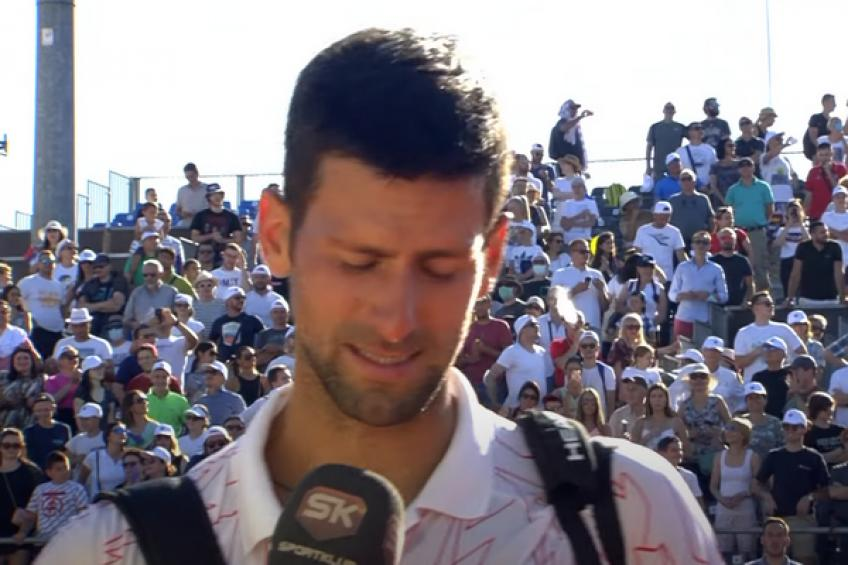 Novak Djokovic cries on the court after remembering his childhood in Belgrade