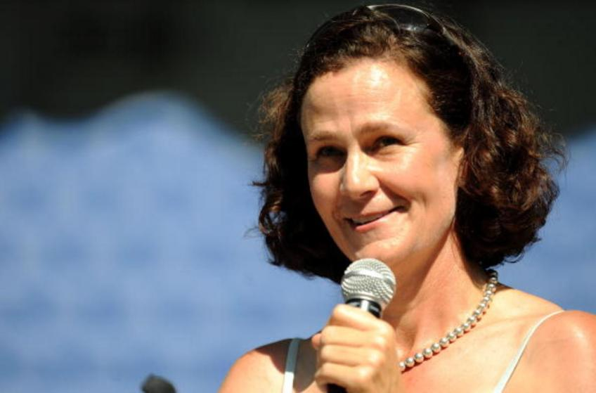 Pam Shriver: too soon to comment on the USTA decision to hold the US Open