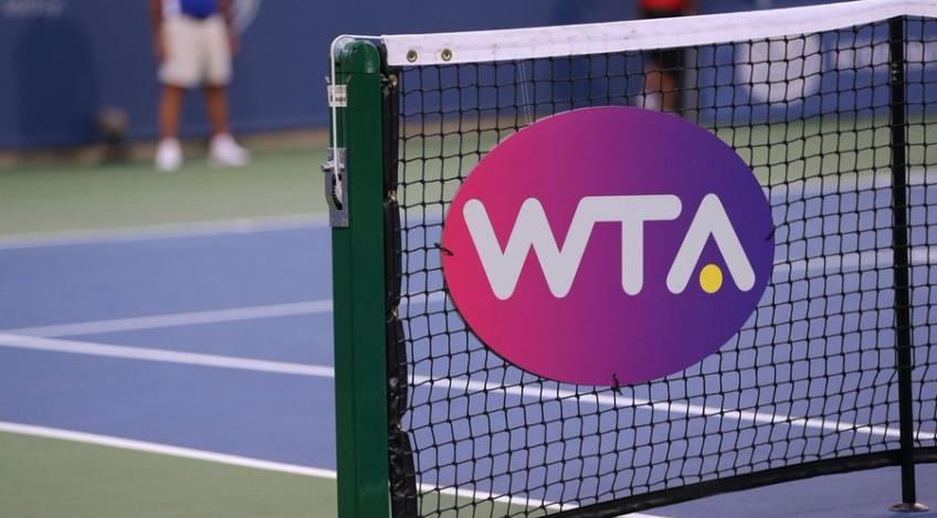 "The WTA Tour to use the ""Better of 2019 and 2020"" point model"