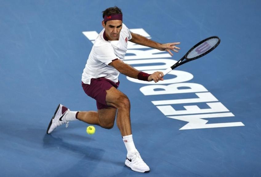 'Roger Federer never played half a machine', says top coach
