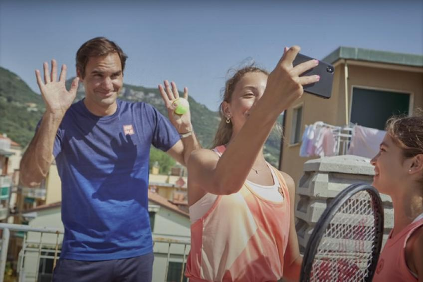 Roger Federer brings out his inner child, surprises girls of rooftop tennis fame