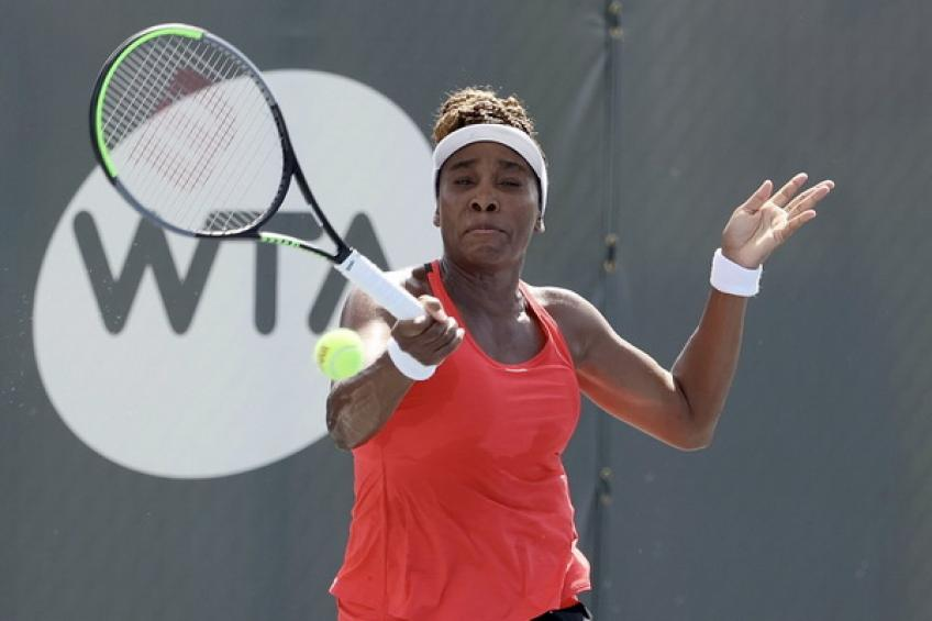 WTA Lexington: Venus Williams downs Azarenka to set clash against sister Serena