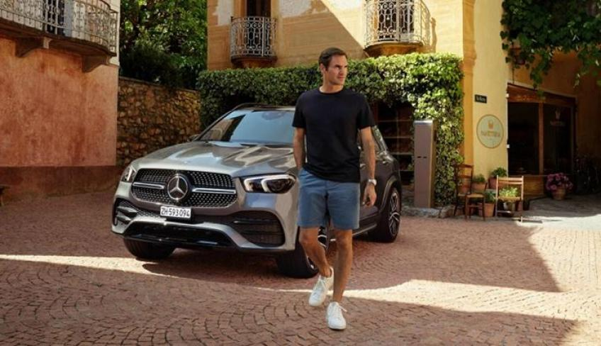 Roger Federer between Luxury and Green in the Mercedes spot