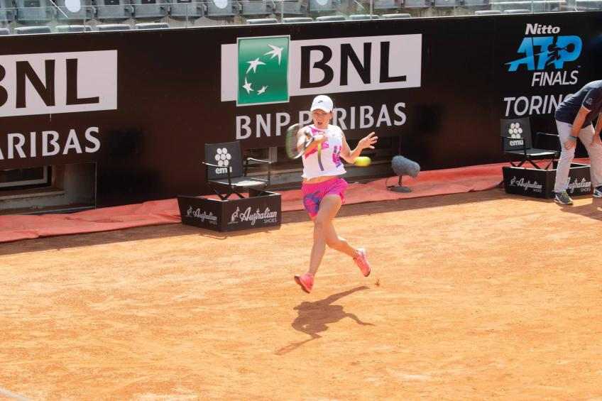 Internazionali BNL d'Italia: Simona Halep keeps momentum going, reaches QF