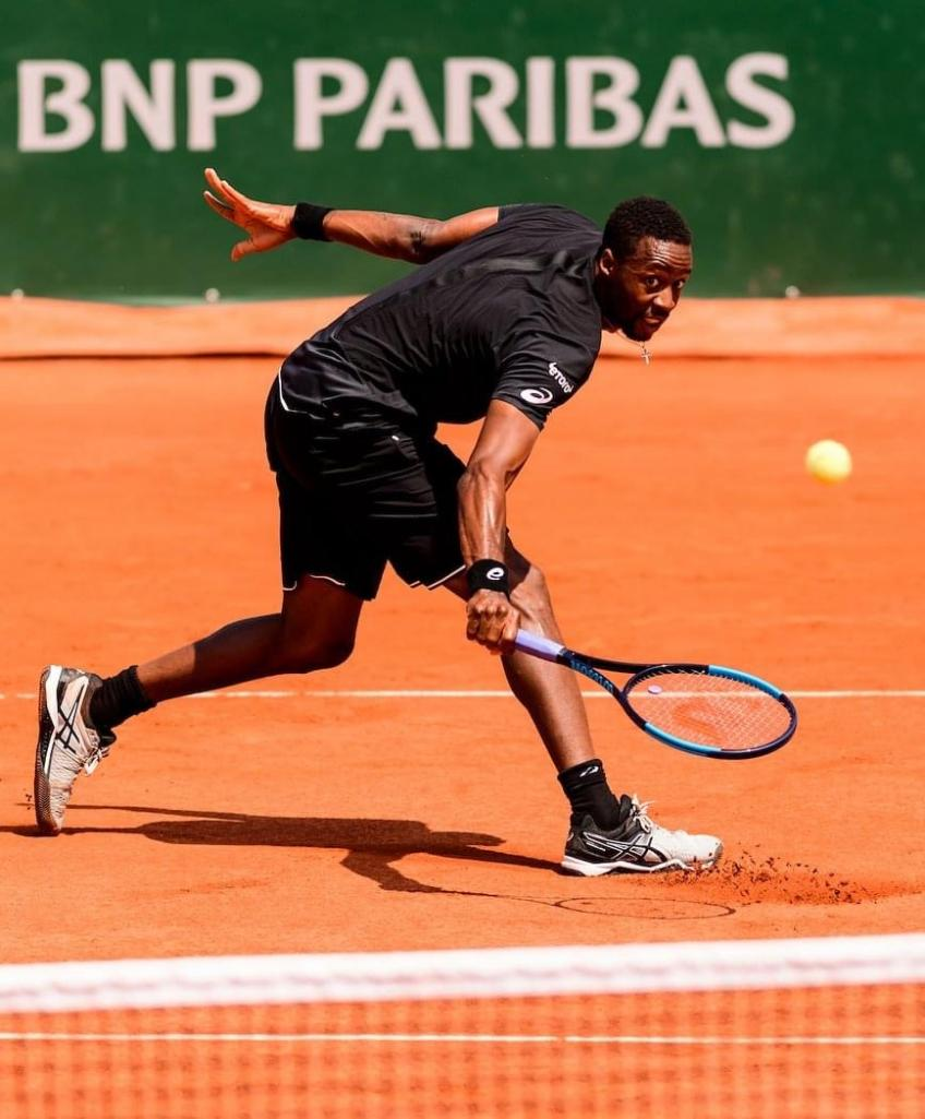 Gael Monfils gets thrashed out of Paris in first round by Bublik