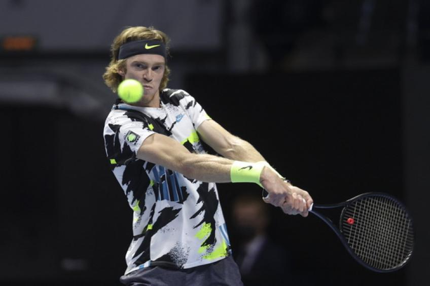 ATP St. Petersburg: Andrey Rublev tops Denis Shapovalov to increase London chances