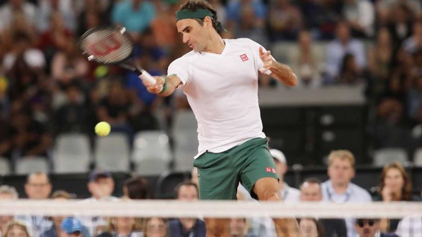 'Roger Federer does almost all of his shots with the same grip', says Top 10